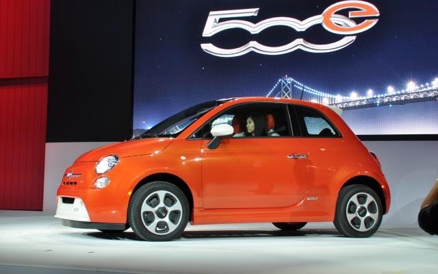 Fiat critica el Nissan Leaf