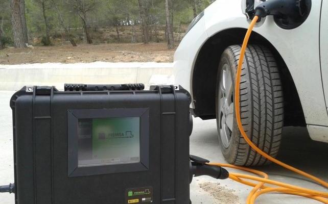 El ITE desarrolla el primer sistema de recarga móvil para vehículos eléctricos desde cualquier enchufe doméstico autorizado