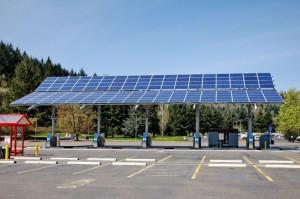 Paneles solares para recargar coches eléctricos