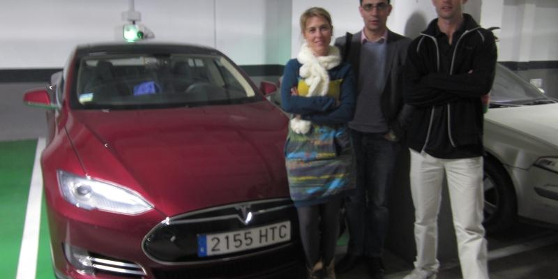 """""""Con mis coches eléctricos he llegado desde Madrid hasta Los Alpes, Holanda o Escocia. Lo viajes largos no son para nada un problema"""""""
