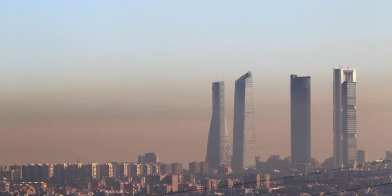 El Coche Eléctrico;  La solución a los problemas de contaminación en las ciudades