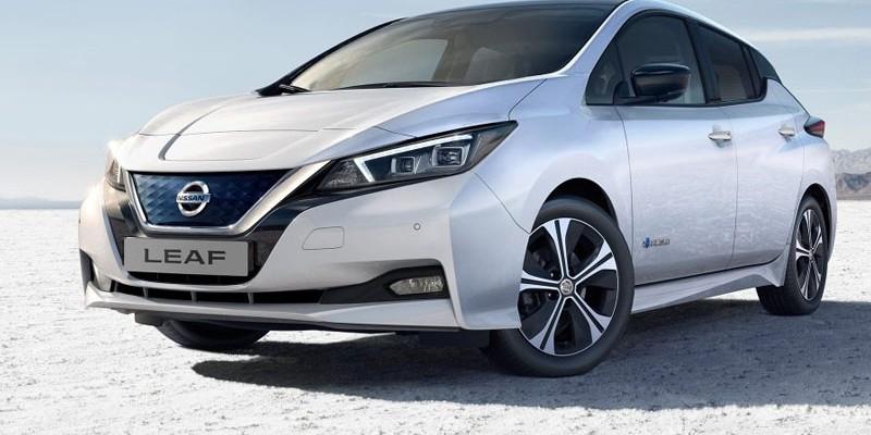 Los conductores del vehículo eléctrico de Nissan pueden regular la velocidad y el frenocon un único pedal.