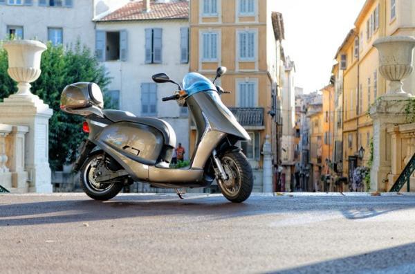 Eccity Artelec 670, el scooter eléctrico de Eccity