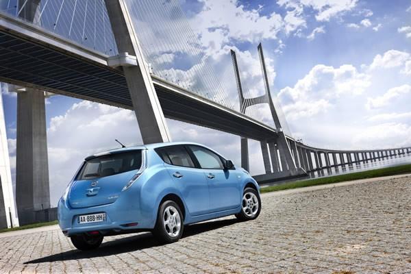 Nissan reduce el precio de su modelo Leaf