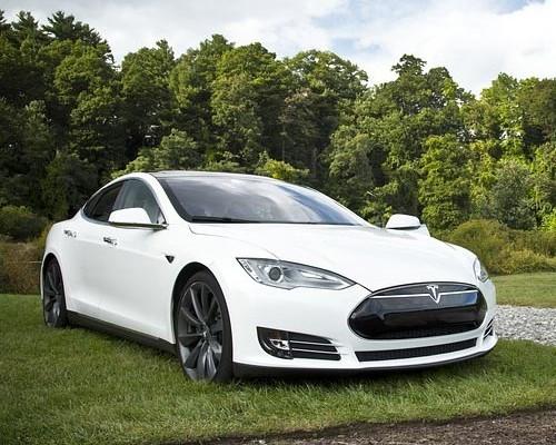 Las matriculaciones de los coches eléctricos pisan el acelerador.