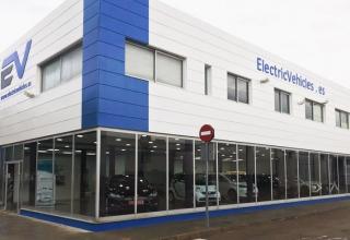 ElectricVehicles: Primer concesionario que vende exclusivamente vehículos eléctricos de segunda mano en España | Entrevista